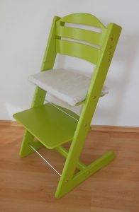 Dřevěná rostoucí židle Jitro Baby světle zelená