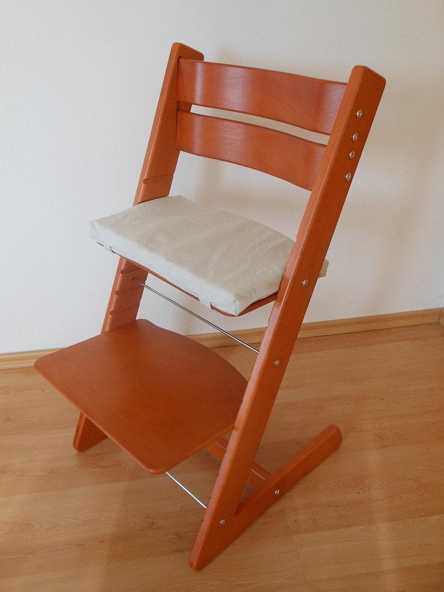Rostoucí židlička Jitro Klasik třešeň