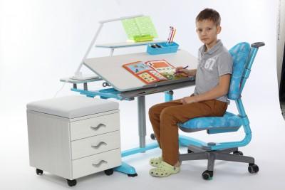 Rostoucí stůl Junior s příslušenstvím